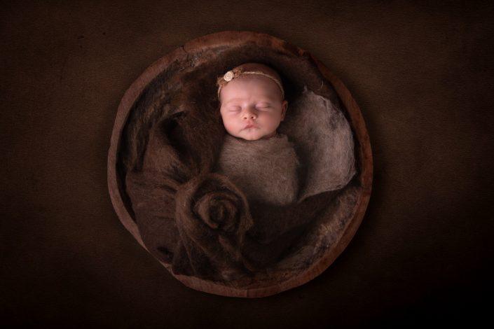 newborn-braun-neutral