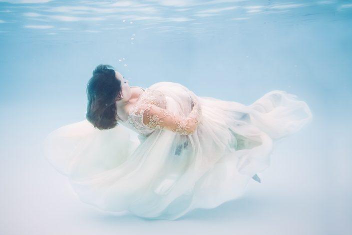 unterwasser-babybauch-fotografie-hazel-images